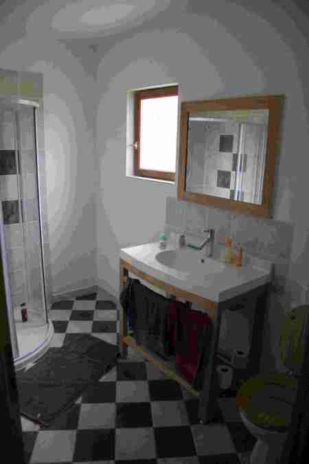 bathroom-small.jpg
